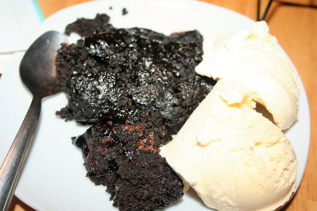 Hot fudge pudding cake ~ Lifeofjoy.me