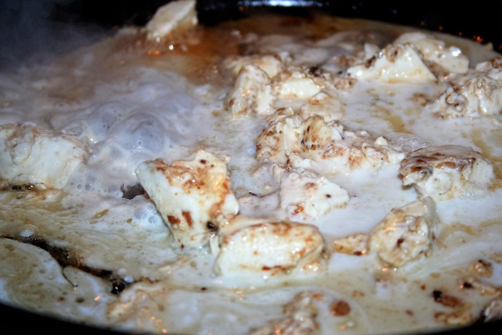 Chicken and Garlic Cream ~ Lifeofjoy.me