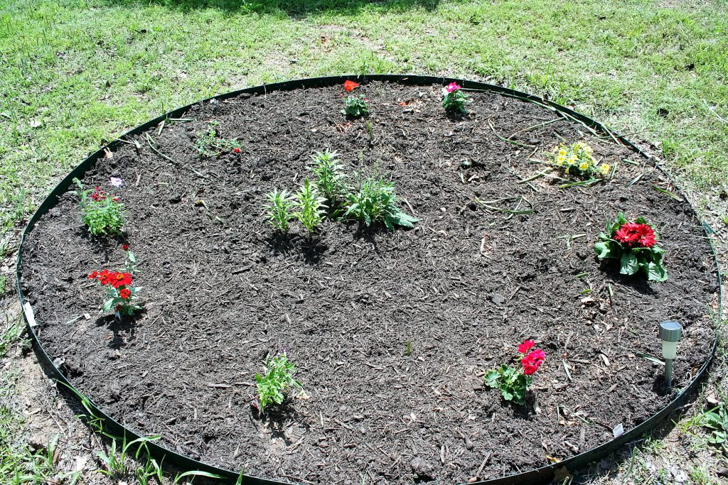 Circular Flower Bed ~ Lifeofjoy.me