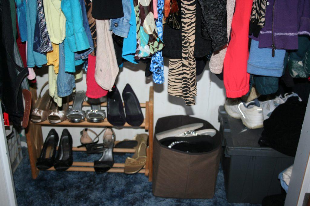 clean closet ~ Lifeofjoy.me
