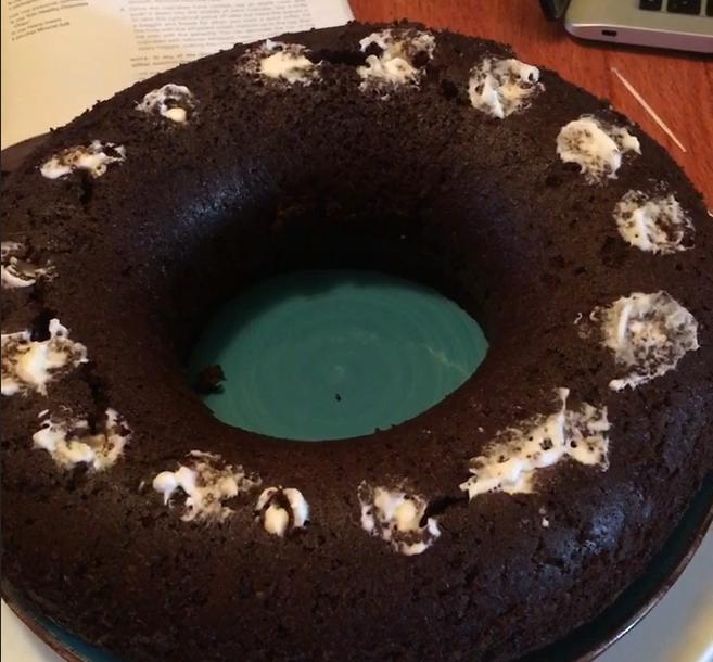 Inject Cream in Cake ~ Lifeofjoy.me